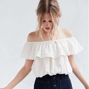 Kimchi Blue | Off the Shoulder Ruffle Crop Top